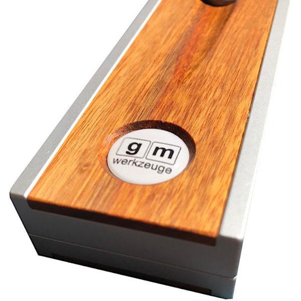 gm Multiwinkel 330 Griffschalen in Tarara-Holz in der Frontansicht
